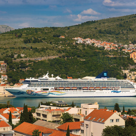 See the World with Norwegian Cruise Line